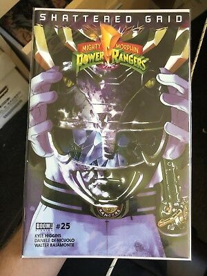 Mighty Morphin Power Rangers #25 Black Helmet Shattered Grid Variant NM