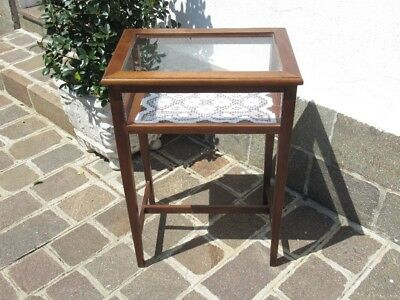 Lovely Small Table Course Exhibitor Wood And Glass Table Showcase Living Room
