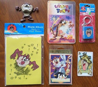 Looney Tunes Tazmanian Devil Photo Album, Puzzle Postcard, Key chain Assortment