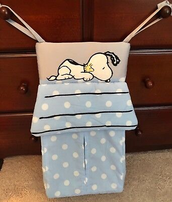 Lambs & Ivy Snoopy Diaper Stacker