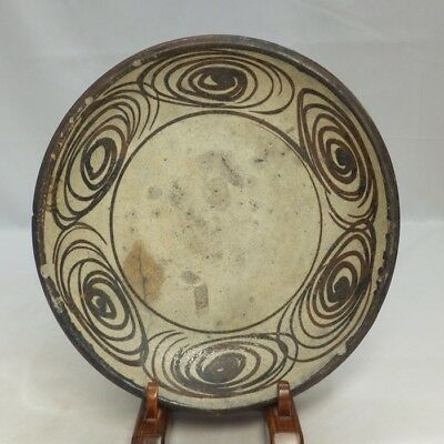 G253: Real old Japanese SETO pottery plate Popular UMANOME-ZARA in 18c
