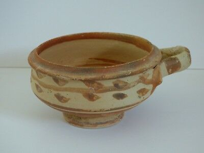 Nice quality Daunian painted terracotta cup c.3rd century BC