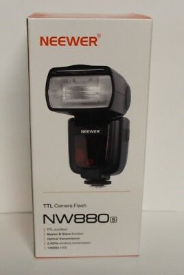 NEW IN BOX Neewer NW880S TTL Camera Flash for Sony New Mi Hot Camera  Shoe G