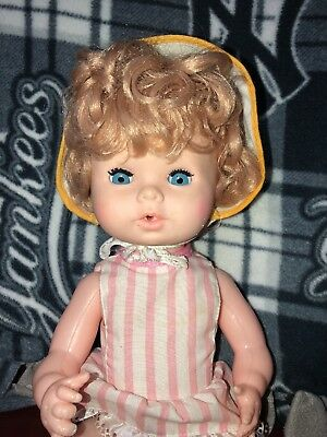 """Vintage 14"""" Eegee Doll Drink And Wet Baby Doll"""