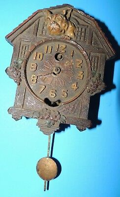 Genuine Vintage MINIATURE KEEBLER CUCKOO COO COO CLOCK WITH BULLDOG face USA