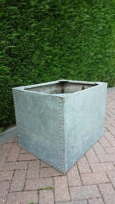 Galvanised Riveted Water Tank Garden Trough Planter