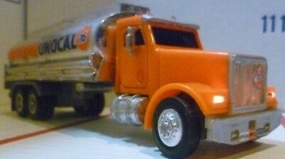 1995 Unocal 76  Tanker Truck  With Lights And Sound!