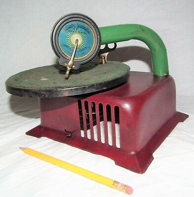 Rare Vintage Childs Tin Toy Baby 78 Rpm Phonograph Gramophone Record Player