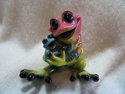 2004 Kitty's Critters Frogs Rock-A-By-Baby Mom + Baby Figurine