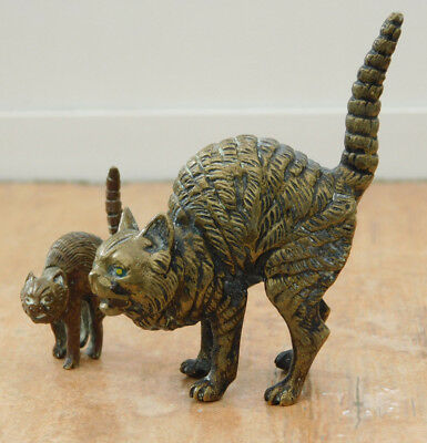 Vintage Austrian Cold Painted Miniature Bronze Pair of Scared Cats 2x Figure
