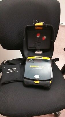 LIFEPAK CR Plus in Case