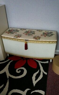 Vintage Ottoman / blanket box ,Kraft , all Original