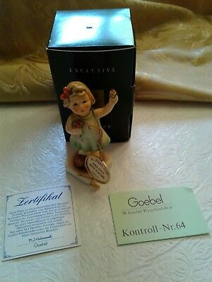HUMMEL CLUB 1st ISSUE Figurine ~ FOREVER YOURS #793  CHARMING LITTLE FLOWER GIRL