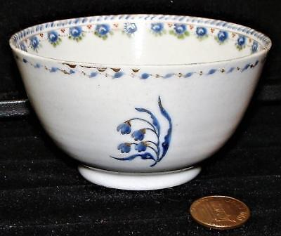 Antique Chinese Export Porcelain Hand-Painted Cup, c. 1800
