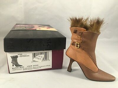 Just the Right Shoe Butter Rum 25342 Raine Willitts