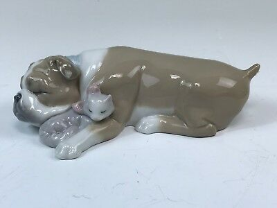 """Charming Lladro Figurine, """"Unlikely Friends,"""" #6417 Dog & Cat Sleeping Together"""