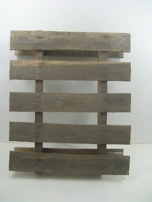 Vintage Rustic Stained Wooden Pallet Wood Crate Wall Hanging Wall Décor Piece