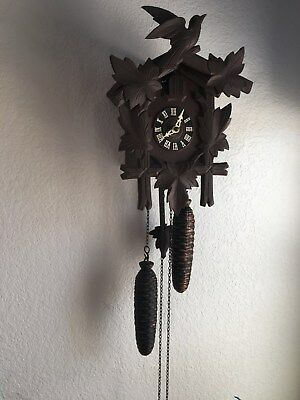 Vintage 1972 German Cuckoo Clock Hubertherr Triburg 8 Day  WORKS!