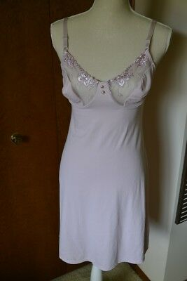 Olga Vintage Nightie! Size 38! Excellent Condition!
