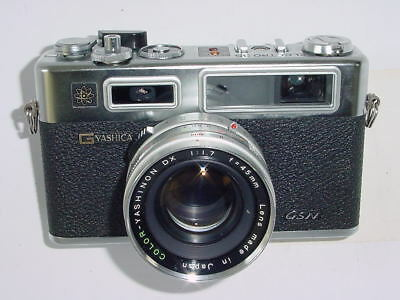 YASHICA ELECTRO 35 GSN 35mm Film Rangefinder Camera with 45mm F/1.7 Lens + case