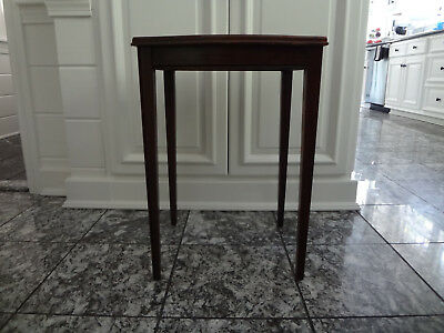 Vtg Antique Sheraton Hepplewhite Chippendale Bow Front Nightstand End Side Table