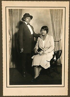 Lesbian - Black / African American Couple - 1930's Harlem Vintage Photograph