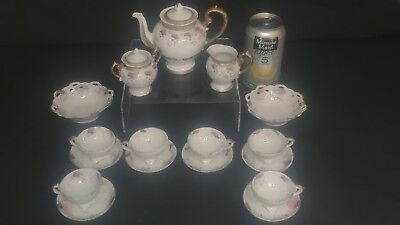 Early 19th Century Porcelain Child's Tea Set Full Service For Six