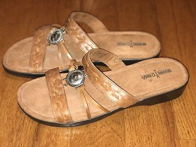 Minnetonka Women's Sandals Slides Leather Embellished Slip-On Open Toe Size 11W