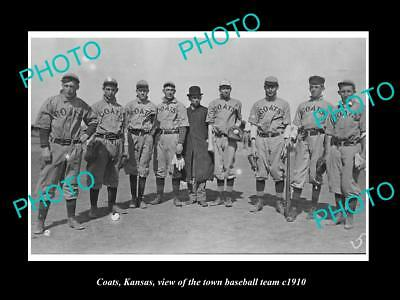 LARGE OLD HISTORIC PHOTO OF COATS KANSAS, VIEW OF THE TOWN BASEBALL TEAM c1910