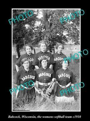 OLD LARGE HISTORIC PHOTO OF BABCOCK WISCONSIN, THE WOMENS SOFTBALL TEAM c1910