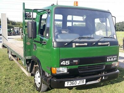DAF 45.150 Beavertail truck with alloy ramps and storage box