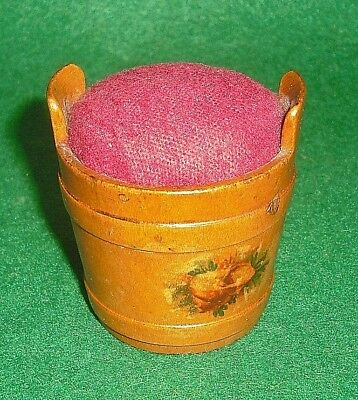 Mauchline Seaweed & Shell Ware Small Pin Cushion Wishing Well Shaped Bucket