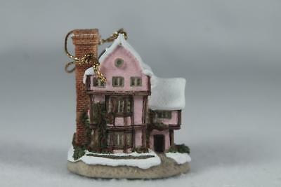 David Winter Cottages - Ornament 'Suffolk House' New In Box!