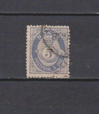 Norway / Norge - 1877 - Posthorn - 5 Ore Stamp (2 Scans)