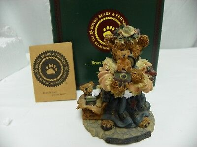 Boyds Bears & Friends Figurine. #227707V. The Collector.