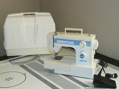 WHITE HEAVY DUTY Free Arm SEWING MACHINE  Model 1418 With Foot Pedal And Case