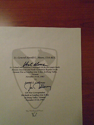Hal Moore and Joe Galloway signed autograph paper Battle for I Drang Vally