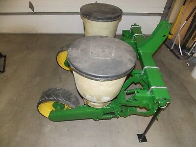 2 Row John Deere Flex Food Plot Corn Planter JD 71 W/Fiberglass Hoppers