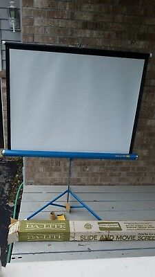 "Vintage Da-Lite Silver Flyer Portable Film Projection Screen 40""X40"" PERFECT NEW"