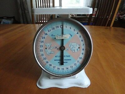 Vintage American Family Scale 30 Lbs  Nursery Household Baby