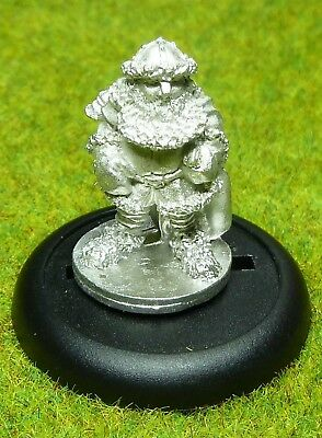 Hobby Products MIDLAM Dwarf Winter Adventurer Frostgrave AD & D METAL NEW [103]