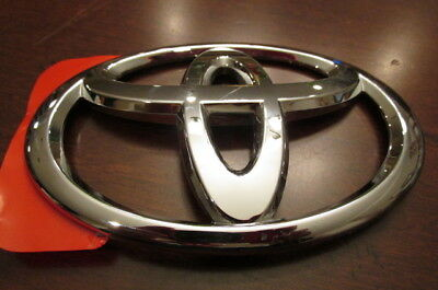 NEW!! GENUINE TOYOTA Brand OEM Emblem Chrome Open Tape intact