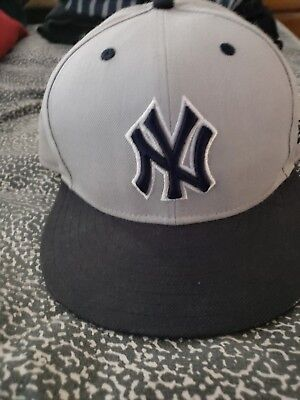 New Era Bright Neon Green New York Yankees 59Fifty Gray Bottom Fitted hat Cap