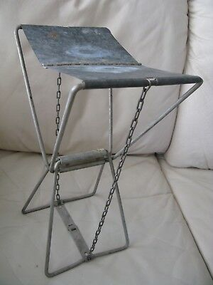 Vintage Primitive Metal Folding Milking Camping Fishing Hunting Chain Side Stool