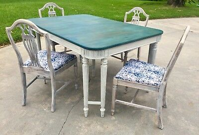 Vtg Double Leg Sheraton Dining Table  W/ 4 Harp Back Chairs Antique