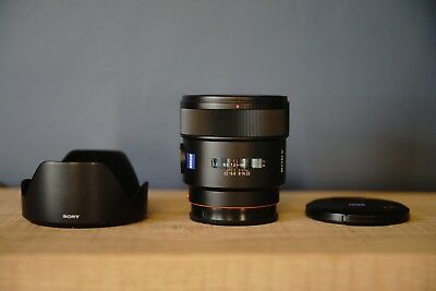 Sony Zeiss 24mm A-mount f/2 lens for A99 A77 A 99 77 II F 2