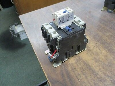 Telemecanique Contactor LC1 D4011 110V Coil 60A 600V w/ Aux Contact Block Used