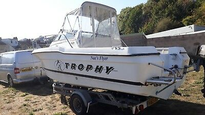 BAYLINER TROPHY 20FT fishing boat cabin cruiset