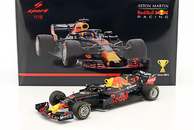 Daniel Ricciardo Red Bull Racing RB14 #3 Winner China GP Formel 1 2018 1:18 Spar