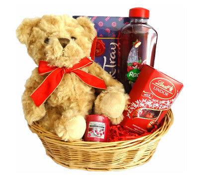 Christmas Gift Basket for her, Christmas Gift for Mum, Sister, Auntie, Wife.